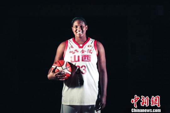 """山西女篮赛季四换外援 WNBA""""篮板王""""首登中职篮"""