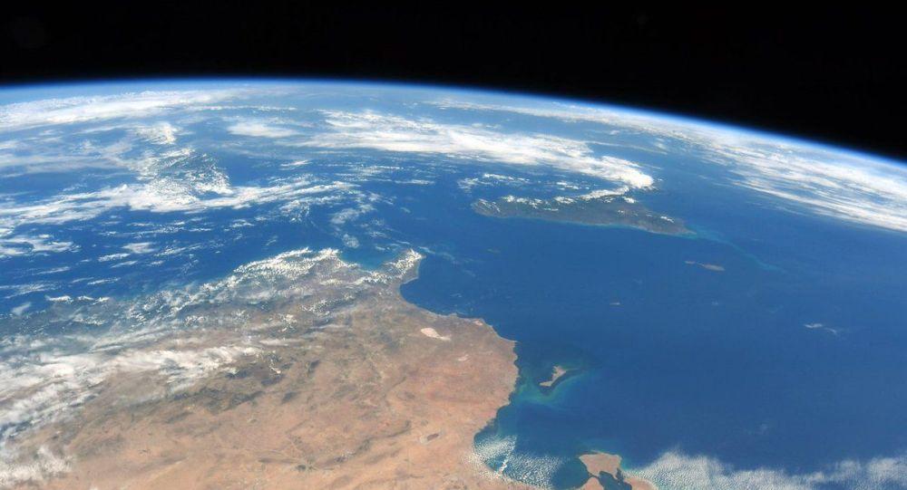 俄军副司令:俄可以发现5万公里之外太空目标