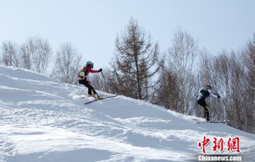 全國滑雪登山挑戰賽落幕 百余高手角逐三個大項