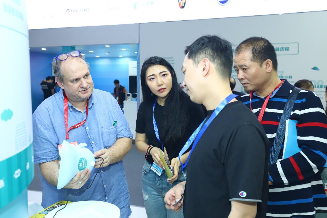 助力产业升级,云知声 AI 陪伴教育机器人方案亮相广州国际玩具展