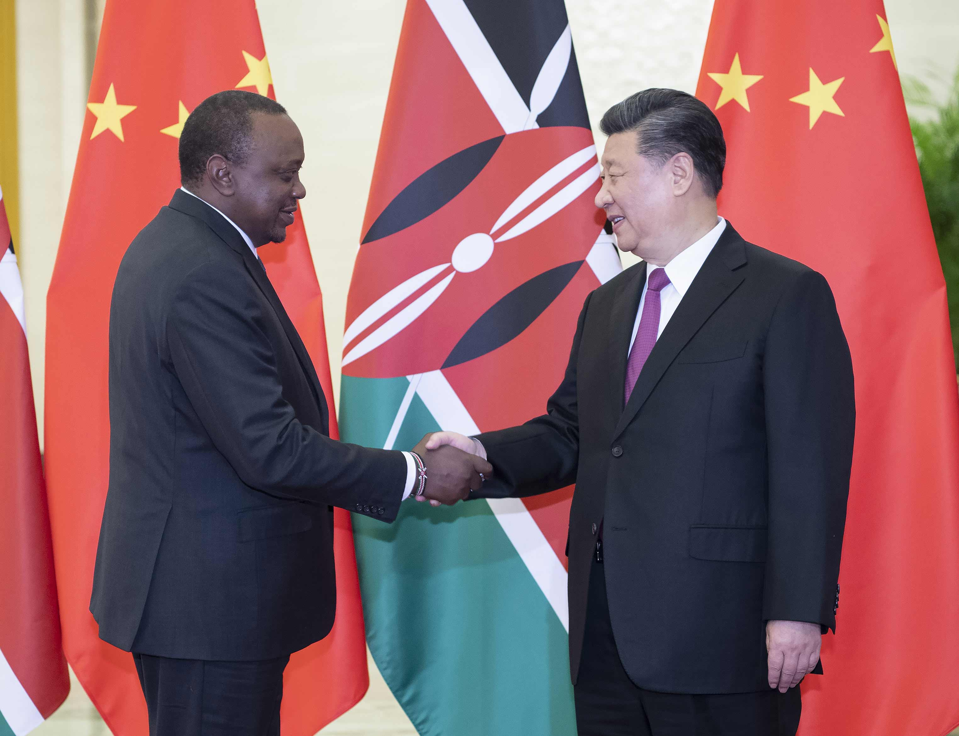 极速赛车手 字幕,习近平会见肯尼亚总统