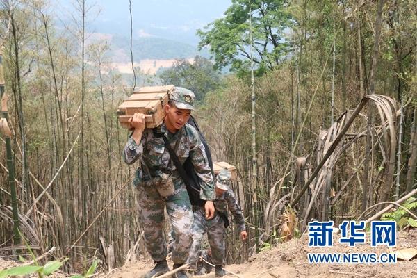從士兵到英雄——記陸軍某掃雷排爆大隊英雄戰士杜富國