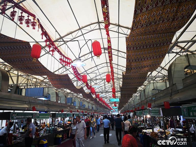 【邊疆黨旗紅】新疆和田夜市:一顆粽子的紅色基因