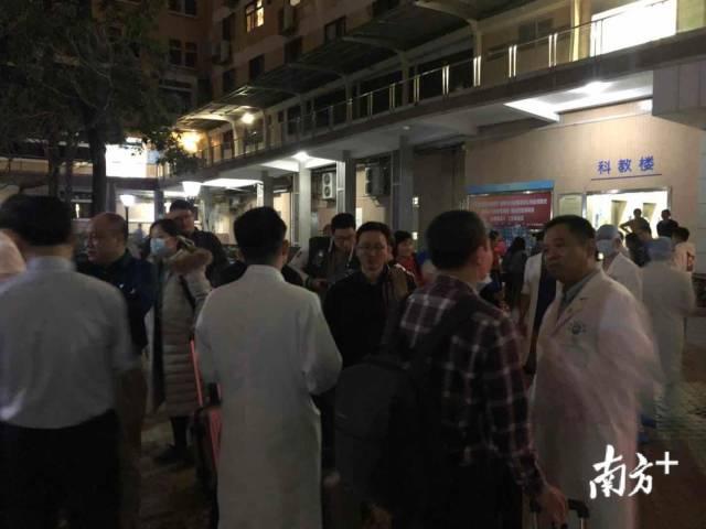 在广东省人民医院,医疗团队正在集合。