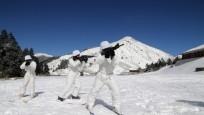 不畏零下5度低温:春节临近台军部队加强战备