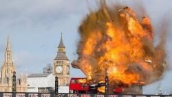 成龙新片拍爆炸戏 特效吓坏伦敦市民