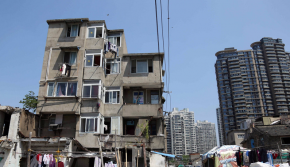 """上海光复里:与千万元豪宅为邻的""""最贵废墟"""""""