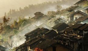 """航拍""""中国最美丽县""""之一清远连南"""