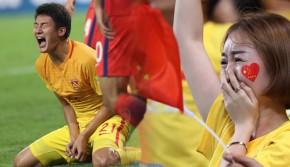 国足首战2:3负韩国 三球落后连追两球险些上演逆转