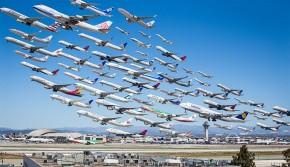 延时拍各地空中交通 几十架飞机同时起飞场面震撼
