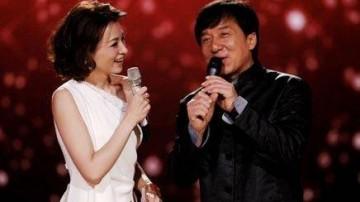 成龙被曝将五度上春晚 携群星合唱《中国》