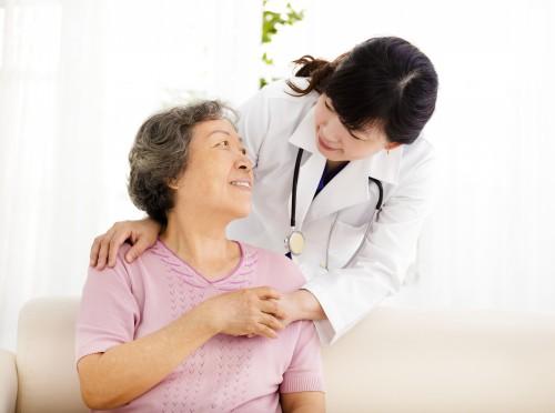 【人口老龄化国情教育】加快应对人口老龄化养老服务体系建设
