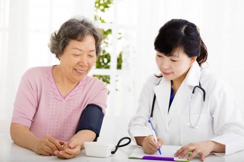 国家卫健委发布新规:老年医学科建设与管理指南