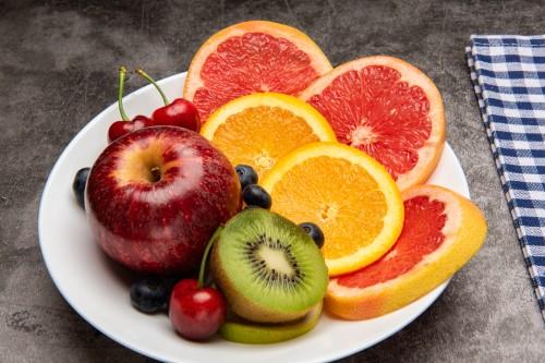 夏季炎热干燥,这7种水果让你活力满满