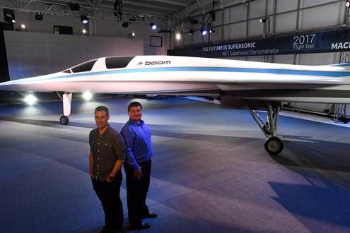 2马赫(每小时1451英里)的速度飞行,比协和飞机快10%,是普通客机的两倍