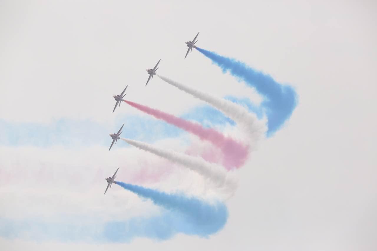 【直击珠海航展】英国红箭飞行表演队 鹰式教练机