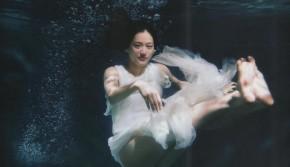 绫濑遥水底唯美写真 怎一个仙字了得
